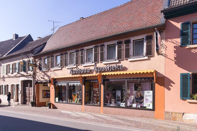 rathaus-apotheke-aussen